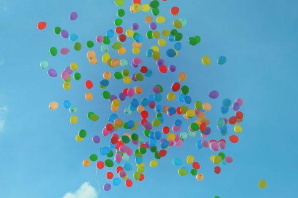 kinderfeestje met ballonnen