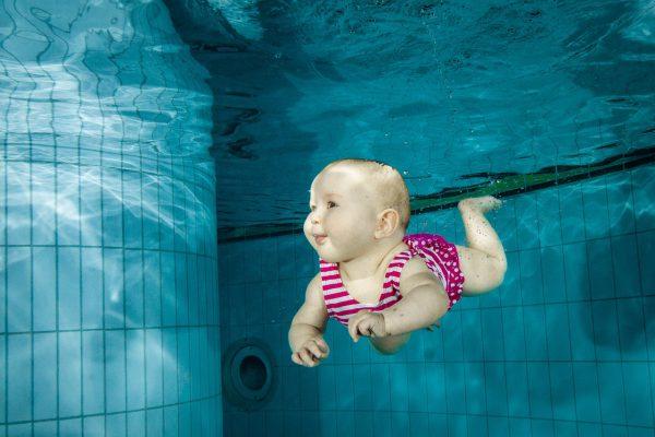 babyzwemmen onder water