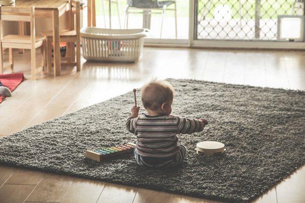 veilig huis voor spelende kinderen