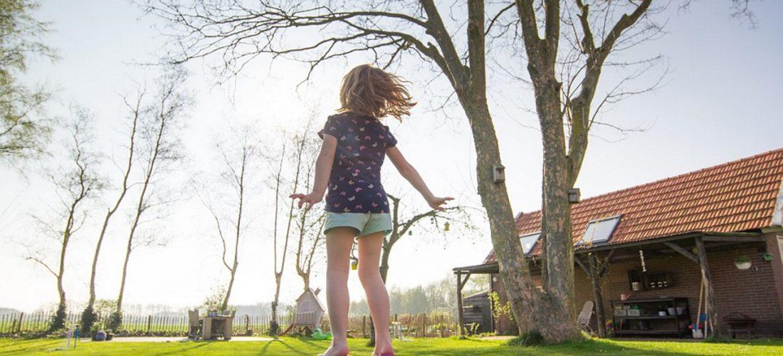 speeltoestel trampoline